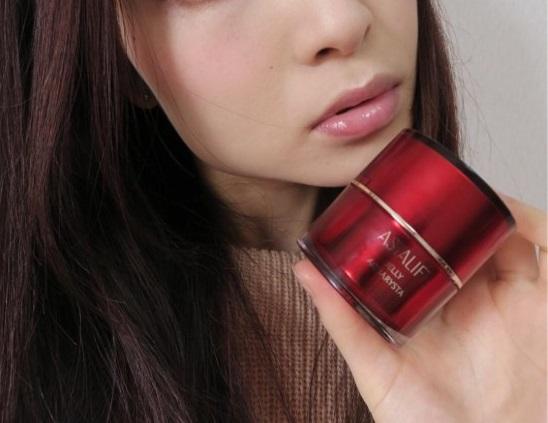 富士フイルムのアスタリフトで松田聖子さんなみのツルプル美肌を手に入れよう!口コミから効果を紹介!